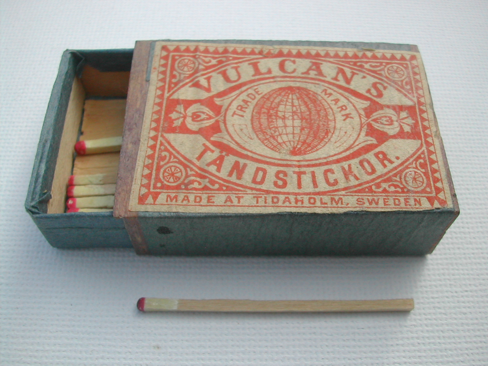 Old Swedish matchbox and matches ca. 1900